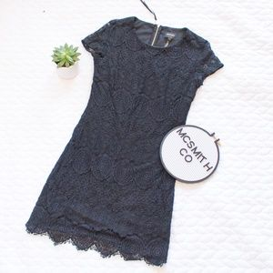 Laundry Shelli Segal | Black Lace Mini Shift Dress